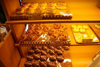 アンパンマンこどもミュージアムの「ジャムおじさんのパン工場」の店内