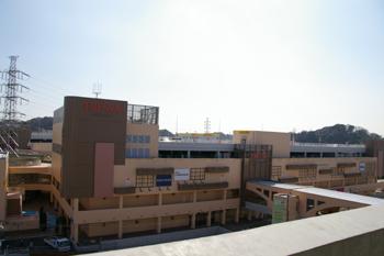 トレッサ横浜の外観