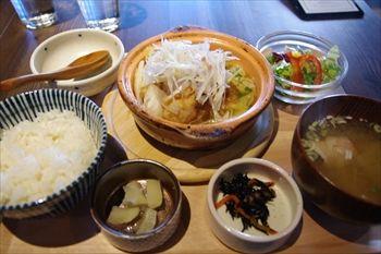横浜関内にある「kawara CAFE&DINING」のランチ