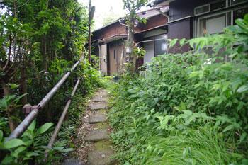 横浜菊名にあるパン屋さん「山角」の通り道