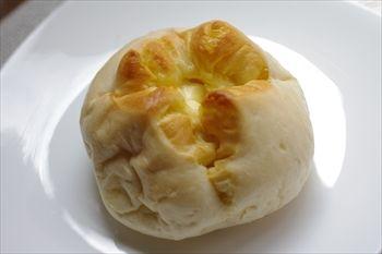 横浜ベイクオーターにある「デリフランス」のパン