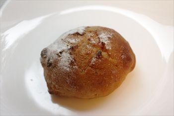 横浜東神奈川にあるパン屋「パンドウー(Pain de U)」のパン
