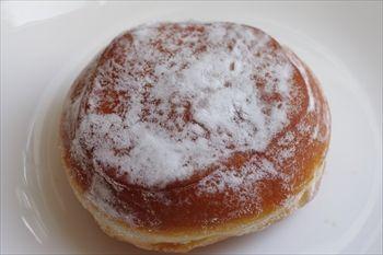 「ブーランジェリー パティスリー トレトゥール アダチ」のパン