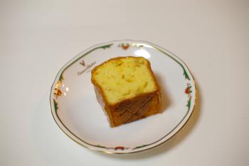 たまプラーザの洋菓子店「デフェール」の紅玉りんごのケーキ2