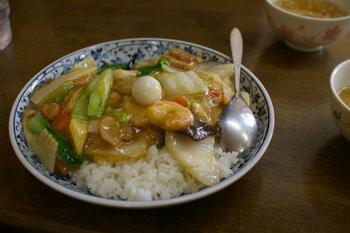 横浜大口にあるラーメン&中華飯店「もんど」の中華飯