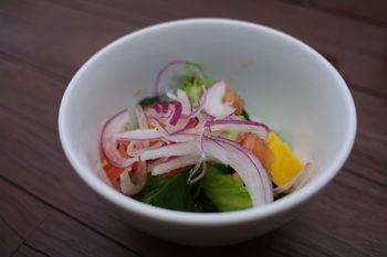 葉山にあるスープカレーのお店「南葉亭」の前菜