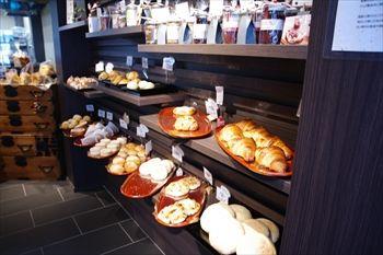 横浜中華街にあるパン屋「のり蔵」の外観