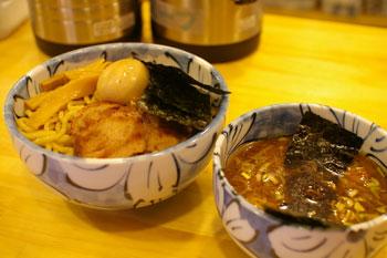 武蔵小杉にあるつけ麺屋「然(ZEN)」の特製つけ麺