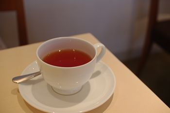 横浜元町・中華街にあるカフェ「チェルシー テラス」の紅茶