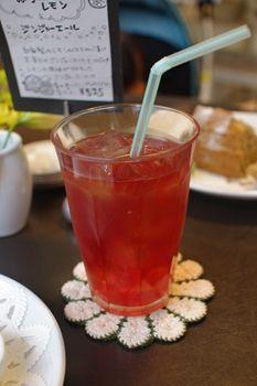 横浜大倉山にあるカフェ「ラ プティ フルール」のティー