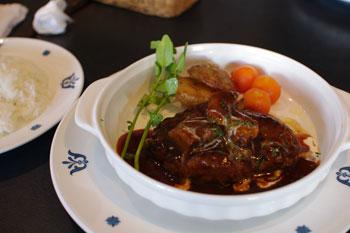 横浜山手のおいしい洋食レストラン「ロシュ」のハンバーグ
