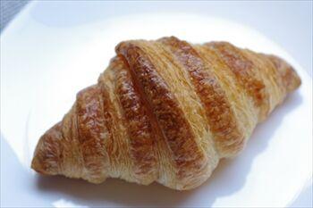 横浜元町にあるパン屋「オー ト ウー」のパン