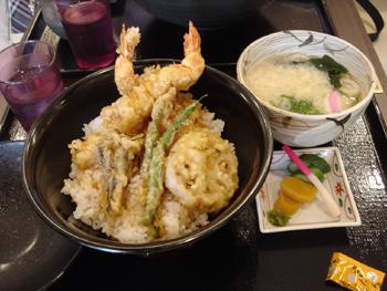 ららぽーと横浜のガーデンレストラン 佐賀昇の天丼とうどん