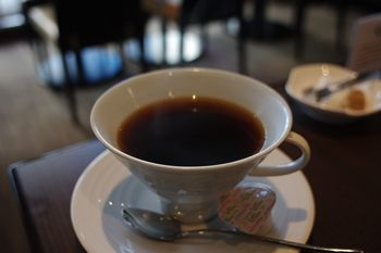 横浜日本大通りにあるカフェ「G+(ジープラス)」のドリンク