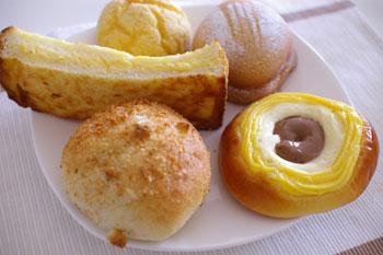 大船にあるおいしいパン屋さん「tekkona(テッコナ)」のパン