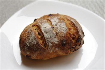 横浜東戸塚にあるパン屋「バゲット マジシェンヌ」のパン