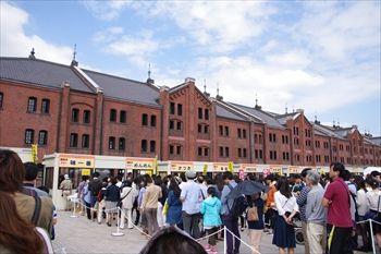 横浜赤レンガ倉庫の宇都宮餃子祭り