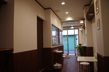 横浜石川町にあるジェラートのお店「アレッタ」の店内