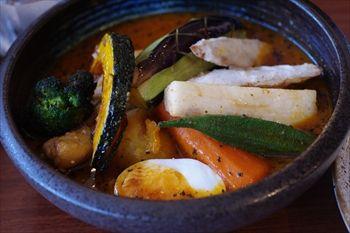 横浜綱島にあるスープカレー専門店「らっきょ&Star」のスープカレー
