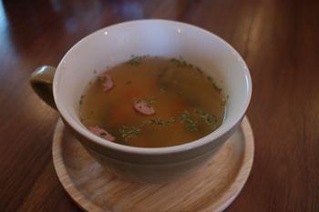 横浜白楽にあるカフェ「ミミルームカフェ」のスープ