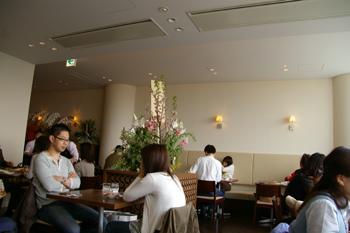 洋食キムラ新横浜店の店内