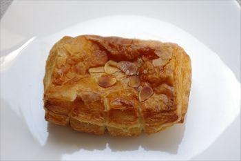 横浜にあるパン屋「ル ビアン ルミネ横浜店」のパン