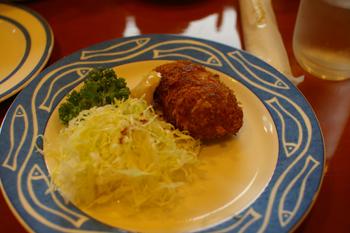 横浜金沢区のパン屋「ブレドール」のコロッケ