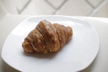 横浜コレットマーレにあるパン屋「ブレドール」のパン