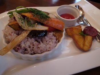 横浜センター南の自然食レストラン「ワイルドライス」のランチ