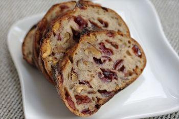 横浜反町にあるパン屋「GORGE(ゴルジュ)」のパン