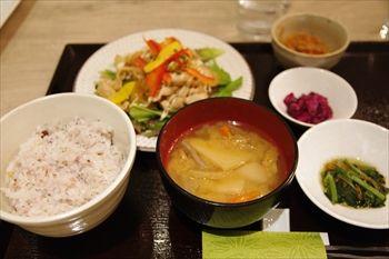 横浜にあるカフェ「トバゴ カフェアンドバー」のランチ