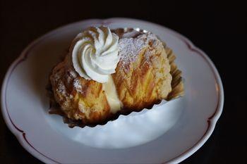 横浜日本大通りにあるカフェ「カフェドゥラプレス」のケーキ