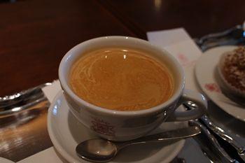 横浜みなとみらいにあるカフェ「ANTICO CAFFE」のドリンク
