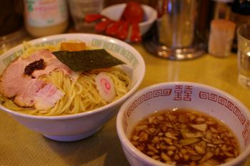 横浜関内にあるラーメン屋「いまむら」のつけ麺