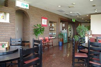 横浜新羽にある中華料理のお店「との様飯店」の店内