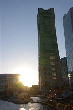 横浜みなとみらいのランドマークタワー