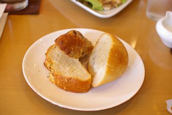 横浜元町のカフェ「kaoris(カオリズ)」のパン