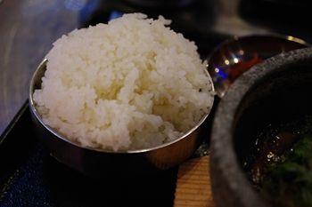 新横浜キュービックプラザにある韓国料理屋「韓豚屋」のランチ