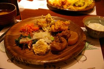 ららぽーと横浜のビュッフェレストラン「食彩健美 野の葡萄」