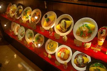 横浜相鉄ジョイナスの「キッチンパレット」のオムライス