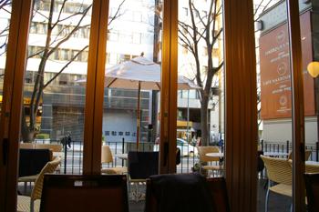 横濱菓楼 HARBOUR`S MOON(ハーバーズムーン)のテラス席