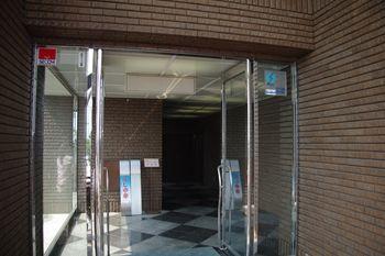 横浜新羽にある中華料理のお店「との様飯店」の入り口