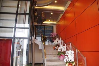 横浜センター北にある和食ダイニング「匠味 景虎」の外観