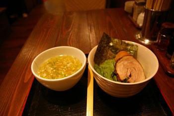 川崎ラーメンシンフォニーの「塩らー麺 本丸亭」の梅塩つけ麺