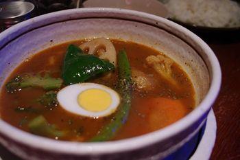 横浜馬車道にあるスープカレーのお店「らっきょ」のスープカレー