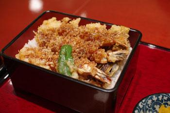 トレッサ横浜にある和食レストラン「麻布茶房」の天重