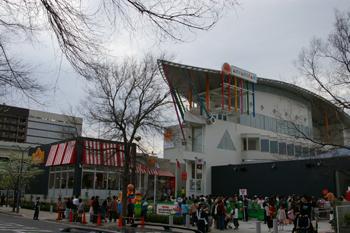 横浜アンパンマンこどもミュージアムの外観