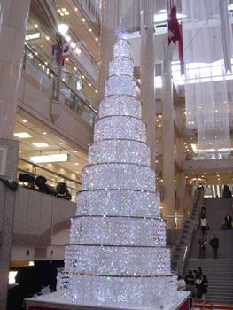 スワロフスキーのクリスマスツリー