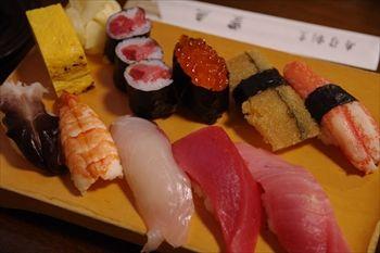 三浦にある寿司屋「寿司割烹 豊魚」のお寿司