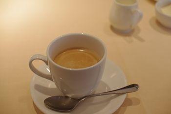 横浜元町・中華街にあるカフェ「チェルシー テラス」のコーヒー